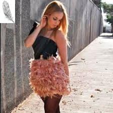 falda de plumas rosa palo